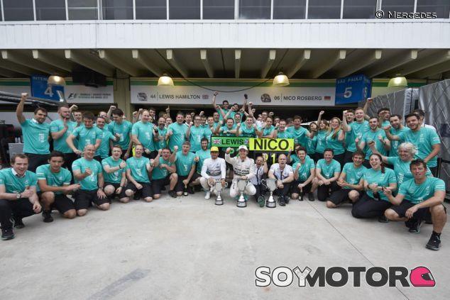 Mercedes tiene miembros muy capaces y los demás equipos lo sabes y están al acecho - LaF1