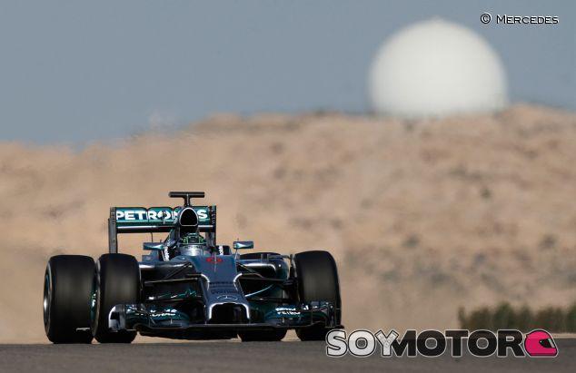 Nico Rosberg con el W05 - LaF1