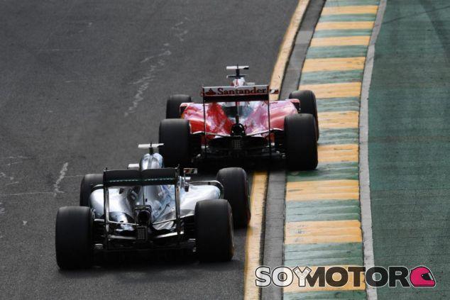 Mercedes y Ferrari arrancaron su batalla en Australia - LaF1