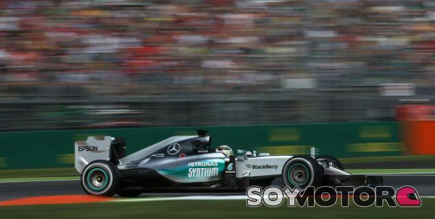 Mercedes volverá a dominar en 2016, según Vasseur - LaF1