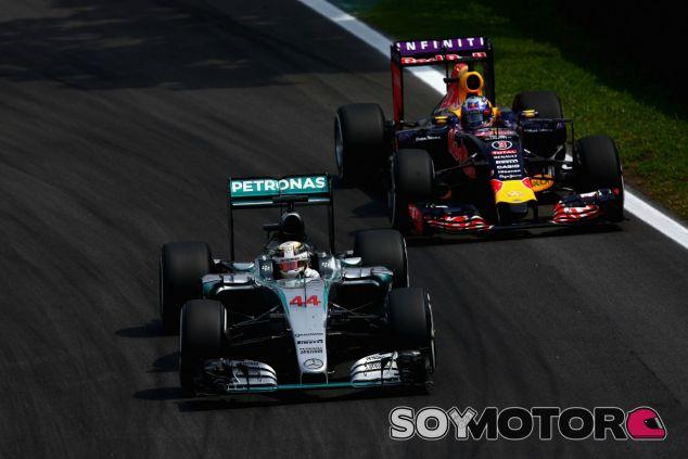 Mercedes asegura que Red Bull nunca les pidió sus motores - LaF1