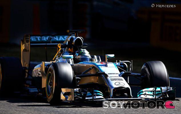 Nico Rosberg durante los tests de Montmeló - LaF1