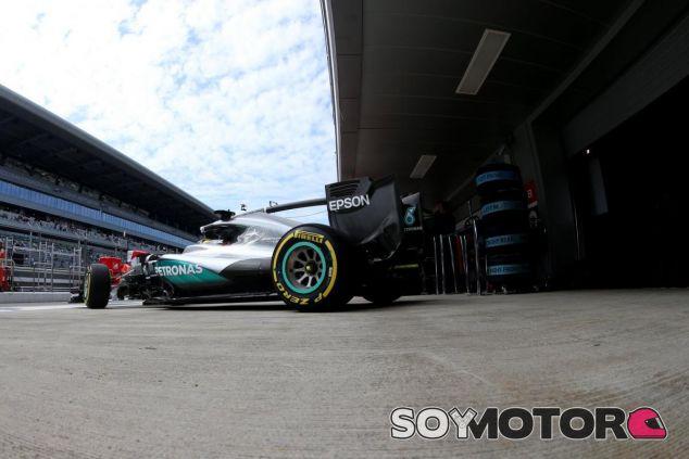 Mercedes intentará solucionar los problemas de fiabilidad que afectan a Hamilton - LaF1