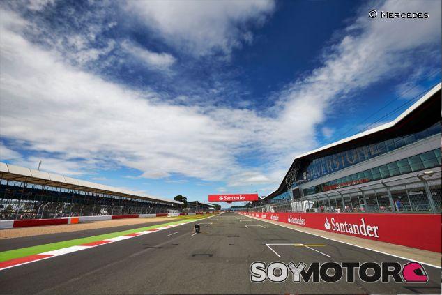 Mercedes estrenará el W06 en Silverstone a mediados de enero - LaF1