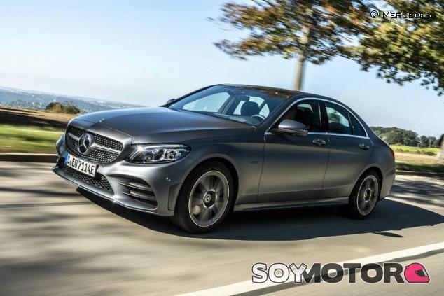 Mercedes Clase C: nuevo híbrido enchufable de gasolina - SoyMotor.com