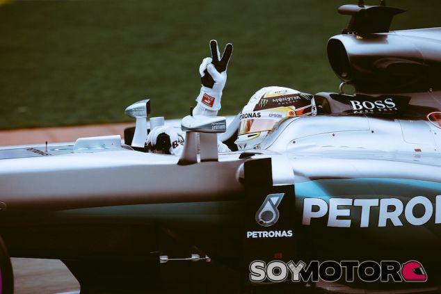 Lewis Hamilton celebra su segunda victoria del año - LaF1