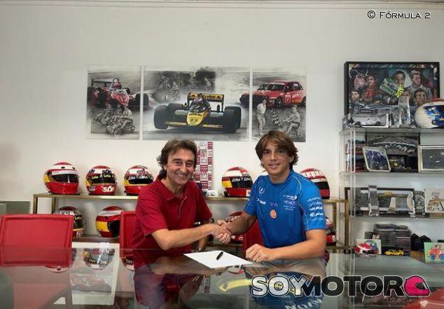 Adrián Campos y Roberto Merhi - SoyMotor.com