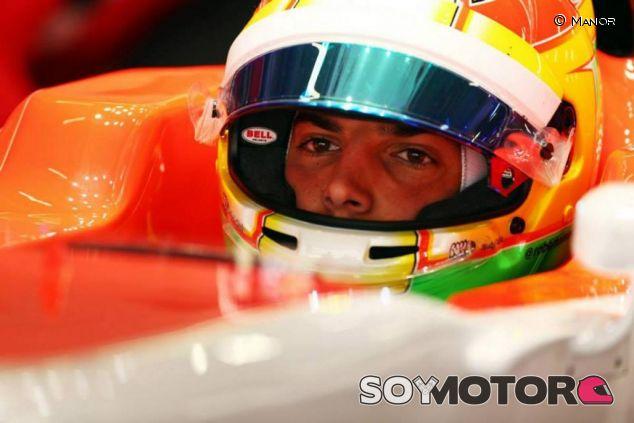 Roberto Merhi subido en el Manor - LaF1