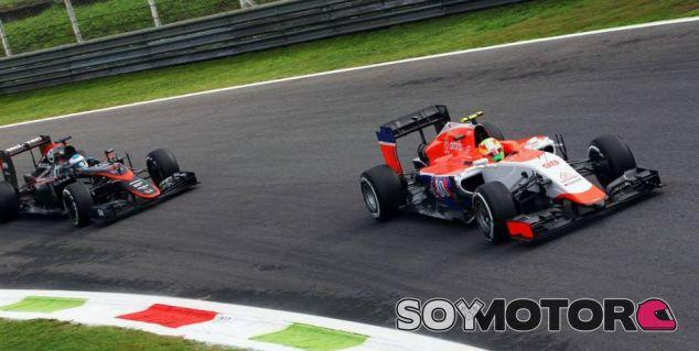 Roberto Merhi y Fernando Alonso - LaF1