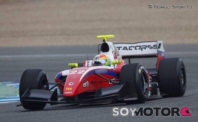 Roberto Merhi en la Fórmula 3.5, la categoría más afectada por el nuevo sistema - LaF1