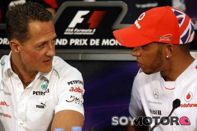 Polémica abierta por las declaraciones de Hamilton sobre Schumacher - LaF1
