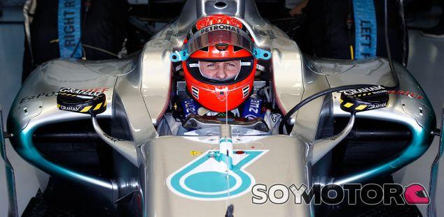 Michael Schumacher no se marcha a casa. Su mánager lo desmiente - LaF1