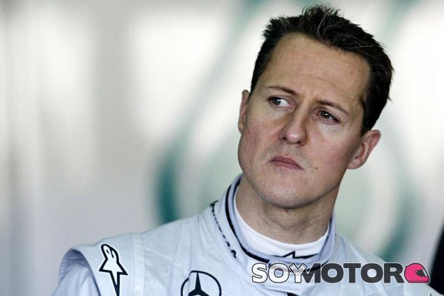 Michael Schumacher en una imagen de archivo en su época en Mercedes - SoyMotor