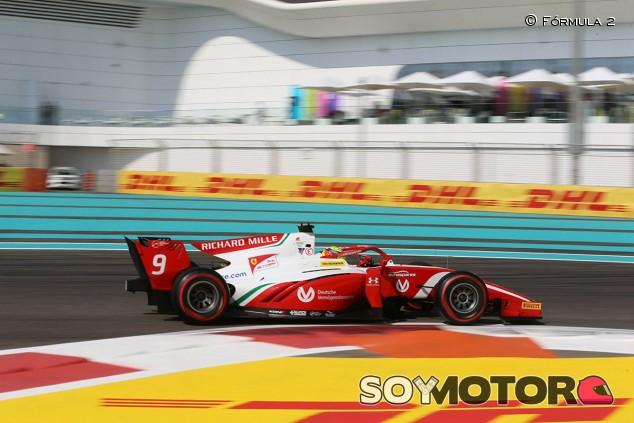 Mick Schumacher y los ART dominan el Día 1 de test en Abu Dabi - SoyMotor.com