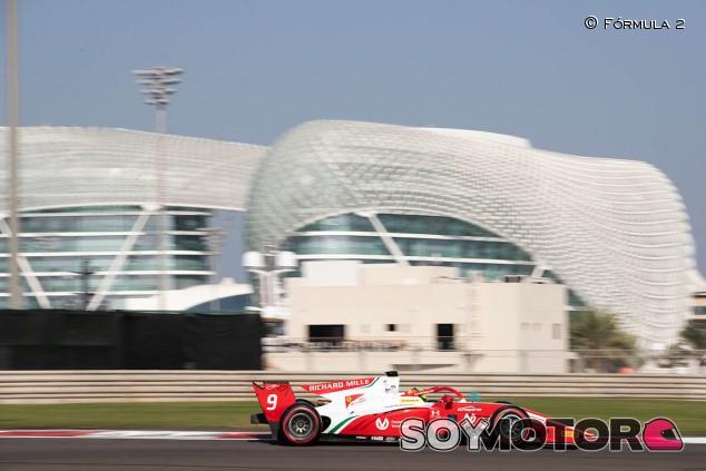 Mick Schumacher y Mazepin lideran el Día 3 de test en Abu Dabi - SoyMotor.com
