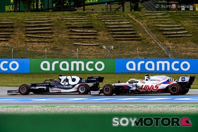 Bernie Ecclestone ve a Mick Schumacher en AlphaTauri - SoyMotor.com