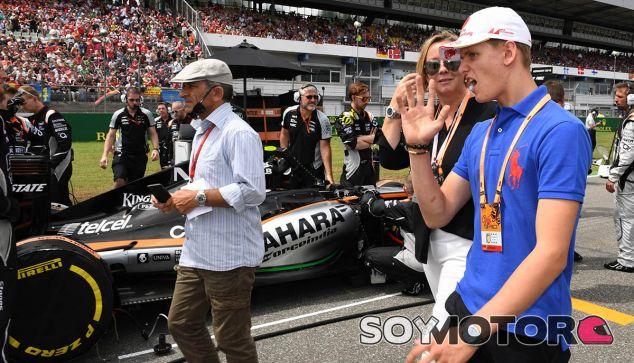 Mick Schumacher participará en un homenaje a su padre en Spa - SoyMotor