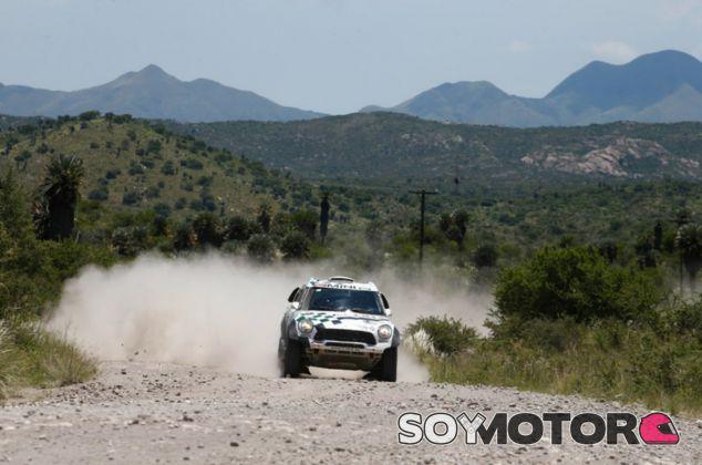 Miko Hirvonen se estrena en el Dakar - LaF1
