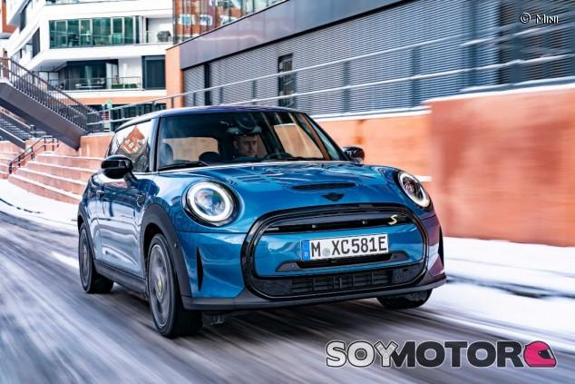 Mini Cooper SE 2021: eléctrico sin cambio de carácter - SoyMotor.com