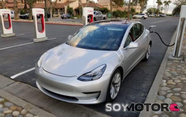 Tesla Model 3 - SoyMotor.com