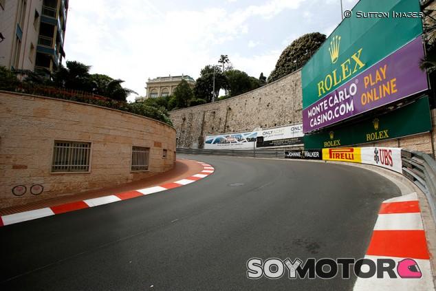 La guerra entre taxis y VTC amenaza la celebración del GP de Mónaco - SoyMotor.com