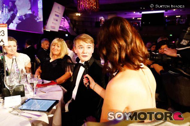 Billy Monger en la ceremonia de premios FIA del pasado viernes - SoyMotor.com