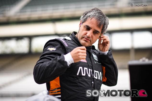 Montoya en los test de la IndyCar en Indianápolis - SoyMotor.com