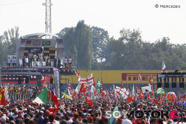 El ambiente de Monza siempre es espectacular - LaF1