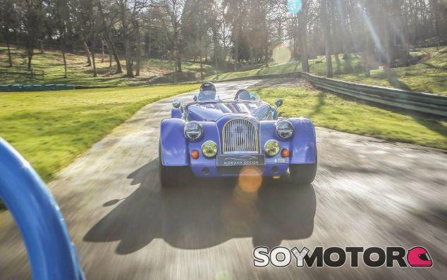 Morgan Plus 8 50th Anniversary - SoyMotor.com