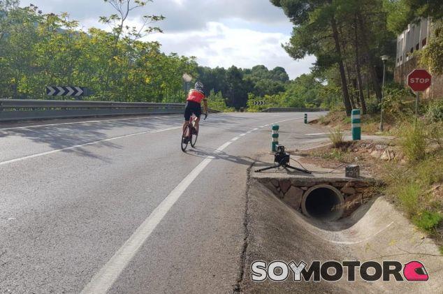 Un radar multa a un ciclista por exceso de velocidad - SoyMotor.com
