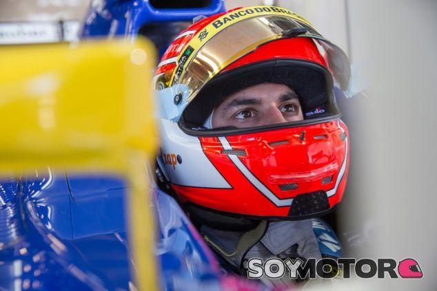 Felipe Nasr subido en el Sauber durante la clasificación del GP de Australia - LaF1