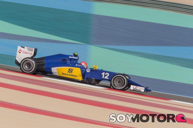 Felipe Nasr con el C34 en Baréin - LaF1