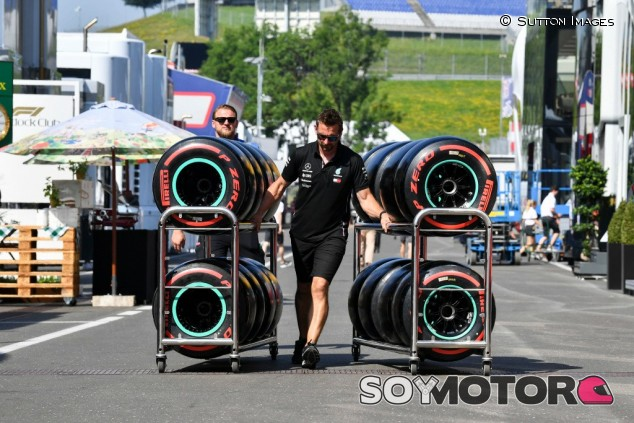 Isola niega cualquier trato de favor de Pirelli hacia Mercedes – SoyMotor.com