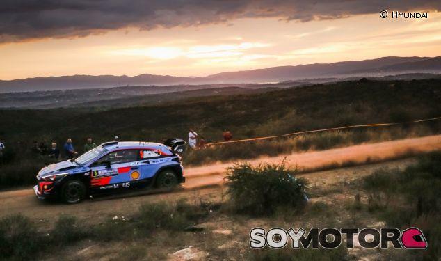 Thierry Neuville en el Shakedown del Rally de Argentina 2018 - SoyMotor.com