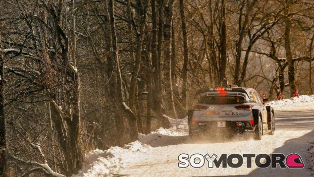 Thierry Neuville en Montecarlo - SoyMotor