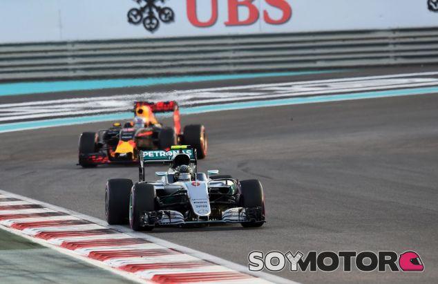 El motor, principal obstáculo de Red Bull para alcanzar a Mercedes - SoyMotor