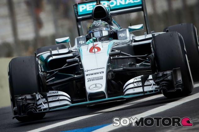 Rosberg se ve como candidato al título en 2016 - LaF1