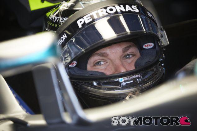 Nico Rosberg en su box de Suzuka - LaF1