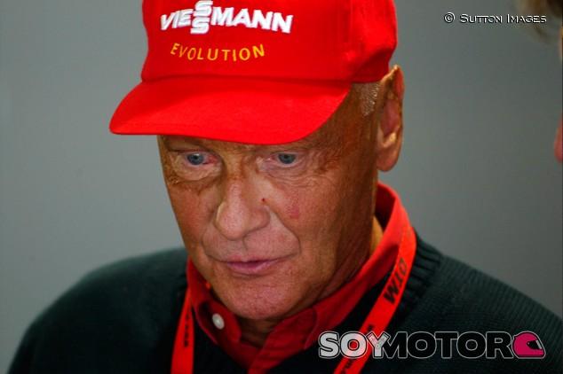 El aeropuerto de Viena puede llevar el nombre de Niki Lauda - SoyMotor.com