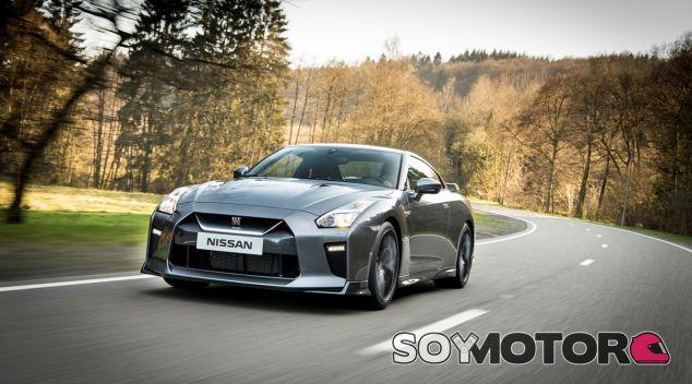 El Nissan GT-R es el fiel reflejo de dos décadas de historia de la marca japonesa - SoyMotor