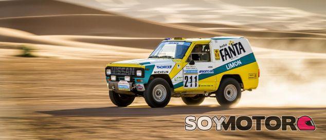 El Nissan Patrol 'Fanta Limón' de Miguel Prieto en el París-Dakar de 1987 - SoyMotor.com
