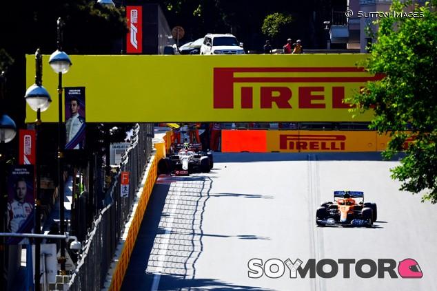 Tres puestos de sanción para Norris por no entrar a boxes con bandera roja - SoyMotor.com