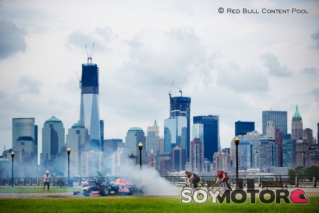 David Coulthard en una exhibición de Red Bull en Nueva York - LaF1