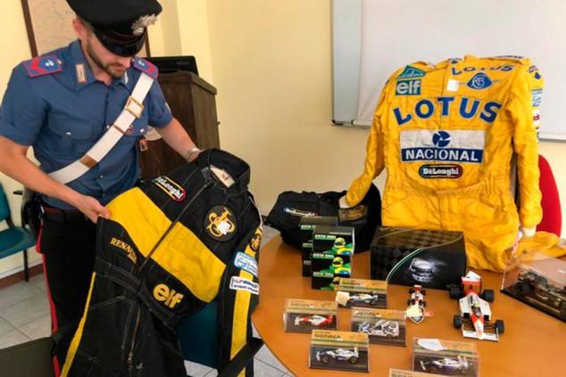 Recuperan 300 objetos más de la colección robada de artículos de Senna - SoyMotor.com