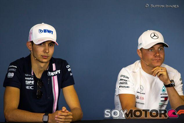Esteban Ocon y Valtteri Bottas en una imagen de archivo - SoyMotor