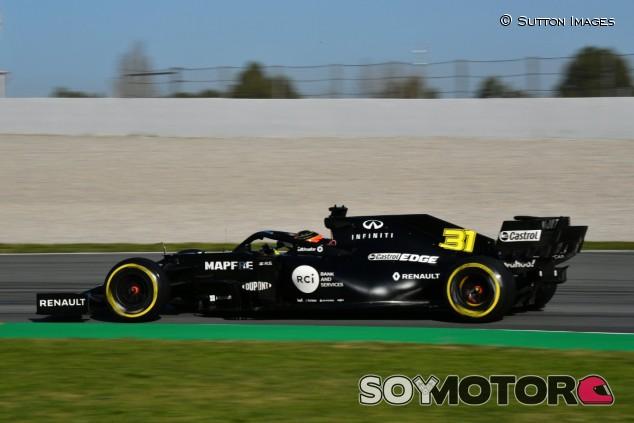 Esteban Ocon en el Circuit de Barcelona-Catalunya - SoyMotor.com