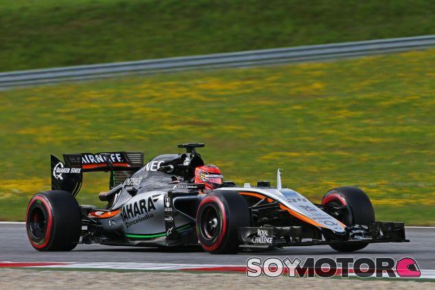 Esteban Ocon en su test con Force India posterior al GP de Austria de 2015 - SoyMotor