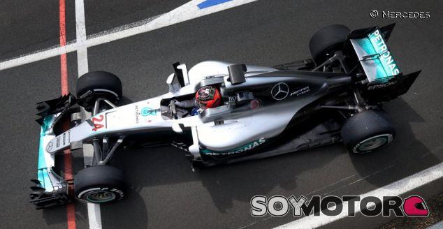 Esteban Ocon en los tests de Silverstone con Mercedes - LaF1