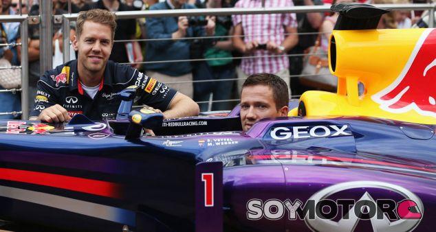 Sebastian Vettel y Sebastien Ogier en en Red Bull Station de Mónaco - LaF1