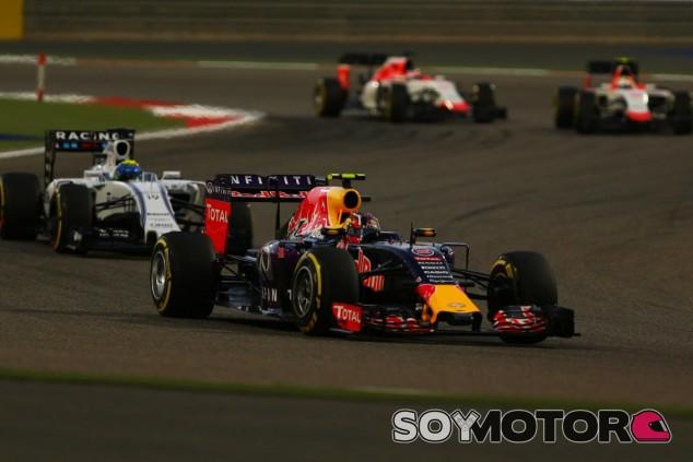Daniil Kvyat en Sakhir - LaF1.es